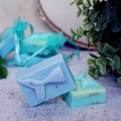 Meerjungfrauen Seife Mermaid Soap handgefertigt zu Die Toechter des Meeres der Mondlilien und Drachenfeuer Reihe 3