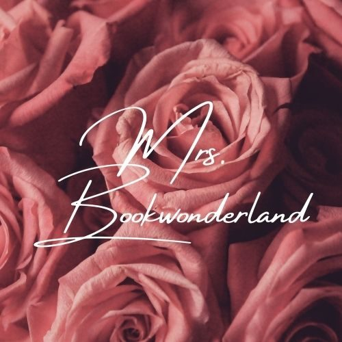 Mrs.Bookwonderland- Books, Candles and More...