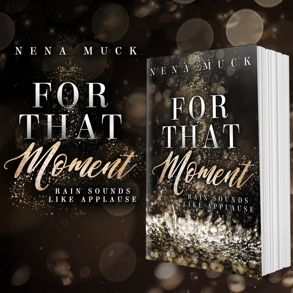 Signiertes Printexemplar zu For that Moment – Rain sounds like Applause von Nena Muck inklusive 2 Postkarten mit unterschiedlichen Illustrationen der Protagonisten und einem passenden Lesezeichen